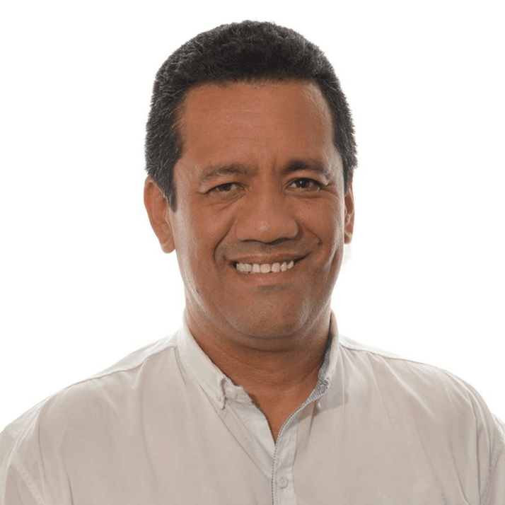 Efraín Cruz F.